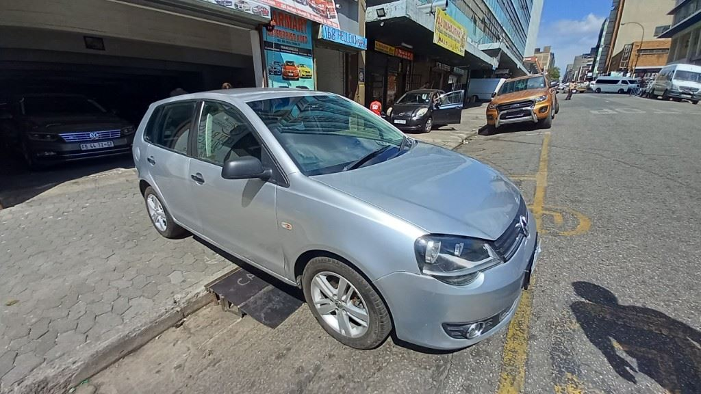 surf4cars-used-cars-3286484-1-2013-volkswagen-polo-vivo-20210310_102314.jpg