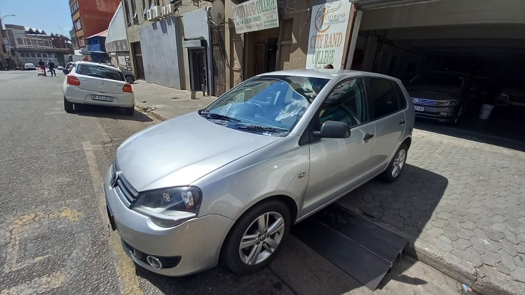 surf4cars-used-cars-3286484-2-2013-volkswagen-polo-vivo-20210310_102321.jpg