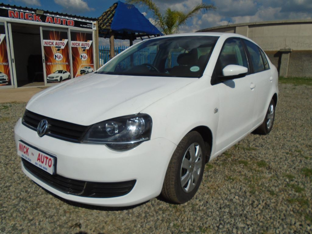 surf4cars-used-cars-3290206-1-2015-volkswagen-polo-vivo-dsc00531.jpg