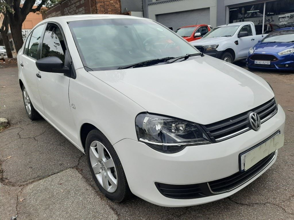 surf4cars-used-cars-3293465-1-2017-volkswagen-polo-vivo-20210317_121425.jpg