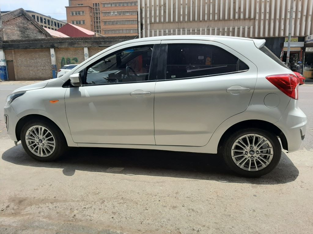 surf4cars-used-cars-3295091-4-2018-ford-figo-20210116_124616.jpg