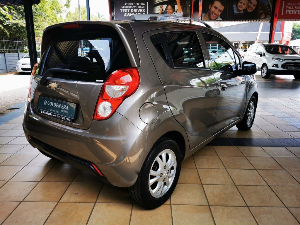 surf4cars-used-cars-3300362-3-2016-chevrolet-spark-c5--d.jpg