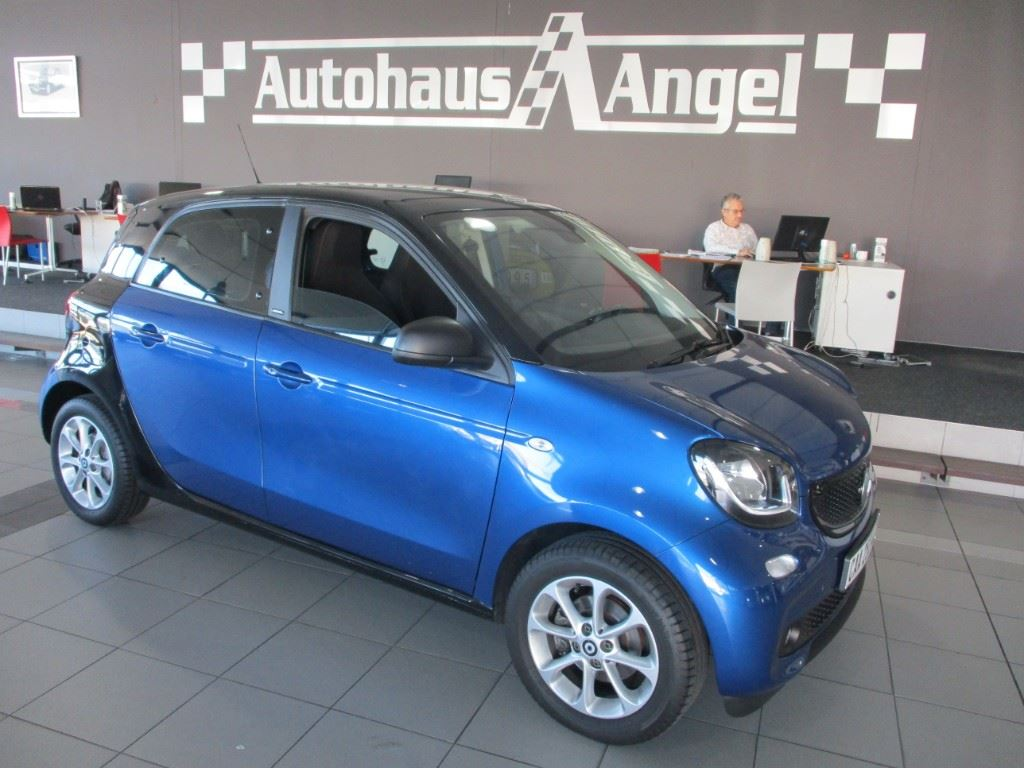 surf4cars-used-cars-3300503-0-2017-smart-forfour-img_1091.jpg