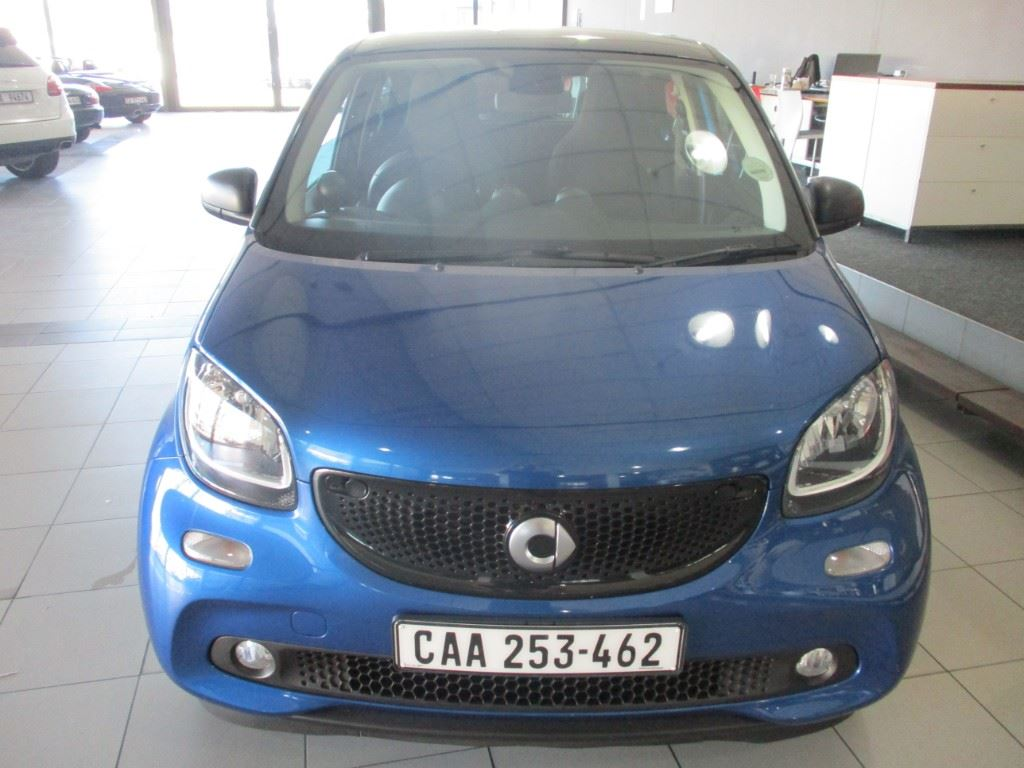 surf4cars-used-cars-3300503-1-2017-smart-forfour-img_1092.jpg