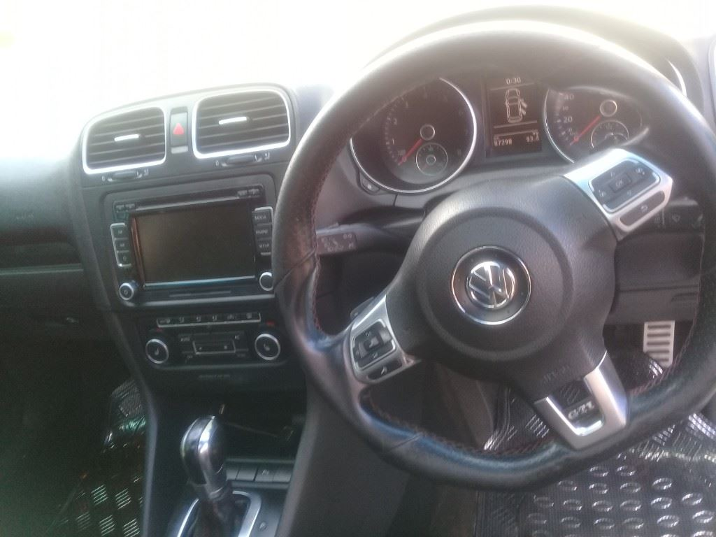 surf4cars-used-cars-3309966-5-2012-volkswagen-golf-vi-20210330_154408.jpg