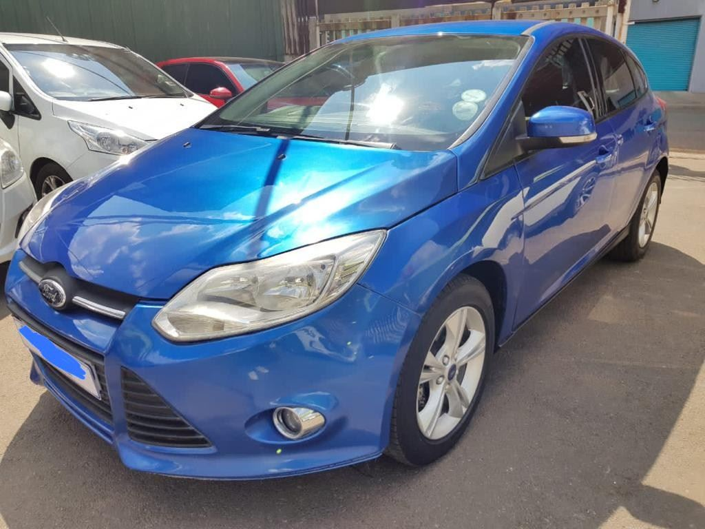 surf4cars-used-cars-3311844-2-2014-ford-focus-whatsapp-image-2021-03-17-at-17.51.56.jpeg