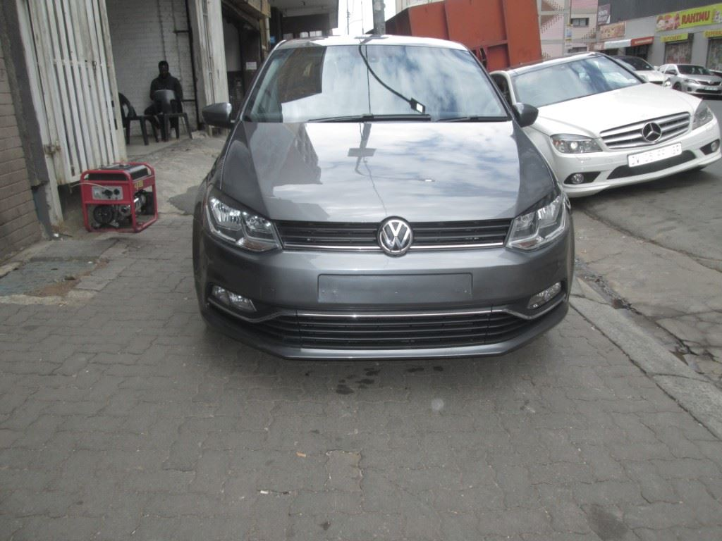 surf4cars-used-cars-3337276-0-2016-volkswagen-polo-001.jpg