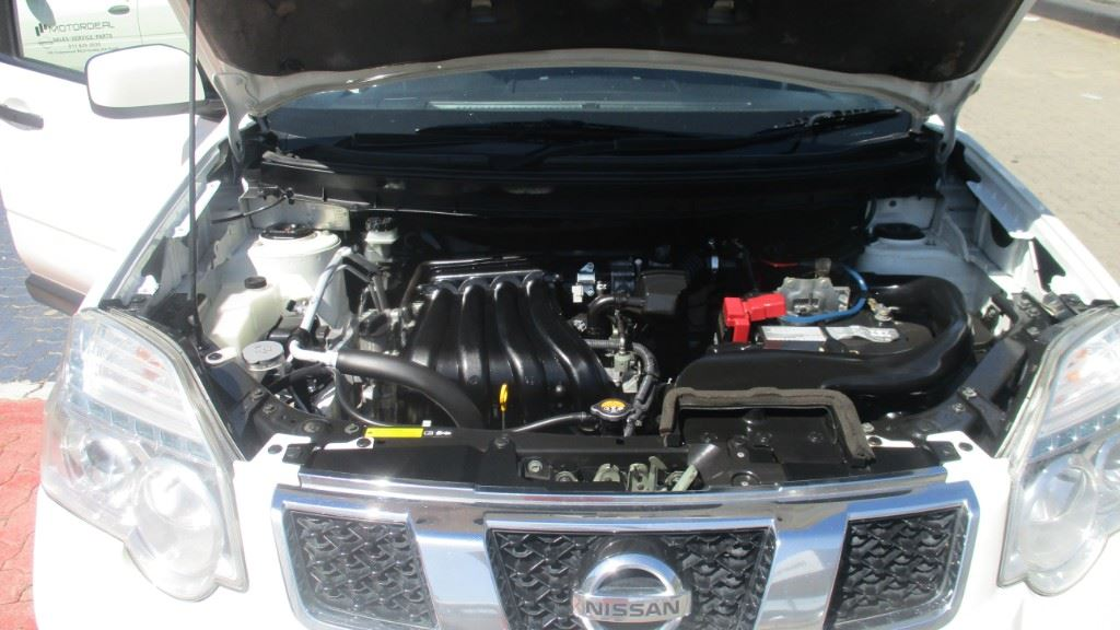 surf4cars-used-cars-3346002-7-2014-nissan-x-trail-img_6401.jpg