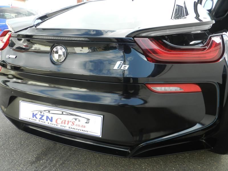 surf4cars_used_cars_6608318_496298_bmw_i8__10200912.jpg
