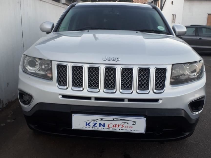 surf4cars_used_cars_7143157_496298_jeep_compass_20l_limited_9200912.jpg