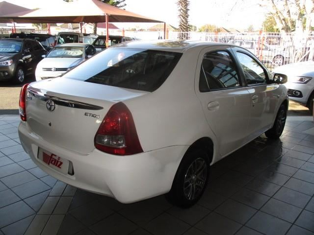 surf4cars_used_cars_afz25505381_215702_toyota_etios_sedan_15_xs_4_200826.jpg