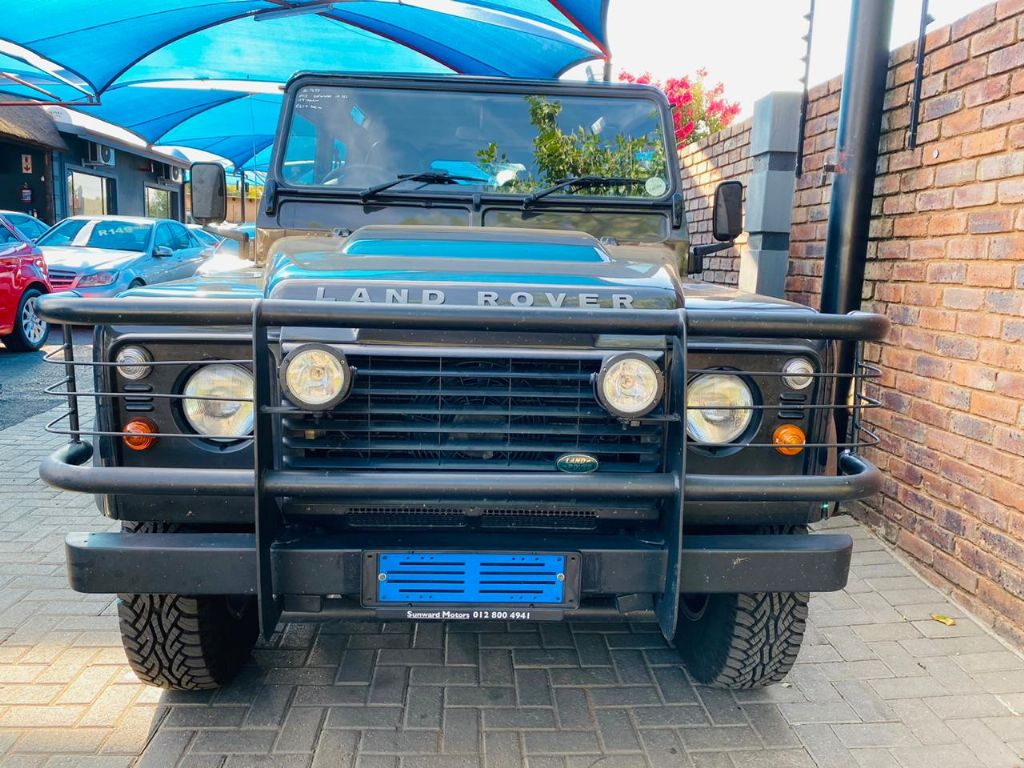 surf4cars_used_cars_land-rover-defender_3136478_8_697.jpg