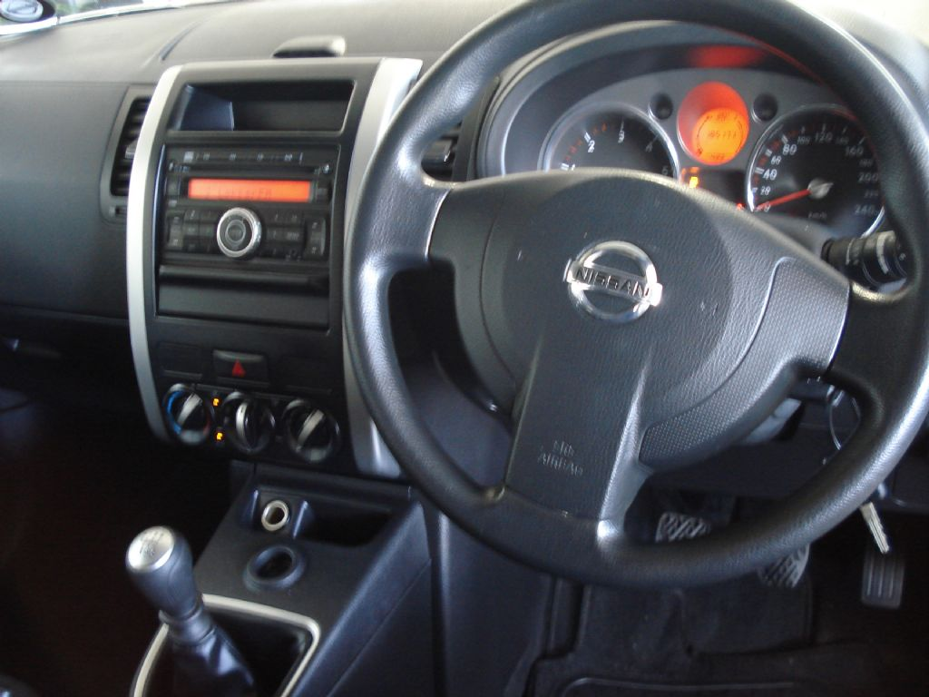surf4cars_used_cars_nissan-x-trail_3250294_7_522.jpg