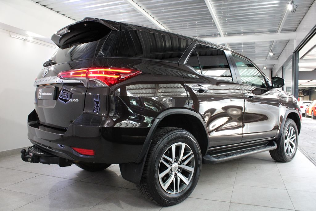 surf4cars_used_cars_toyota-fortuner_3109890_6_745.jpeg