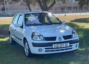 2003 Renault Clio 1.4 Privilege Auto For Sale In Port Elizabeth