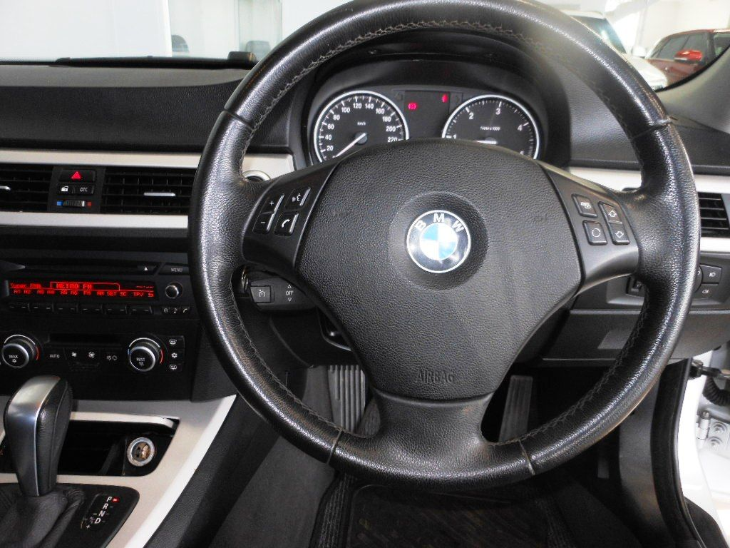 used-bmw-3-series-2783209-9.jpg