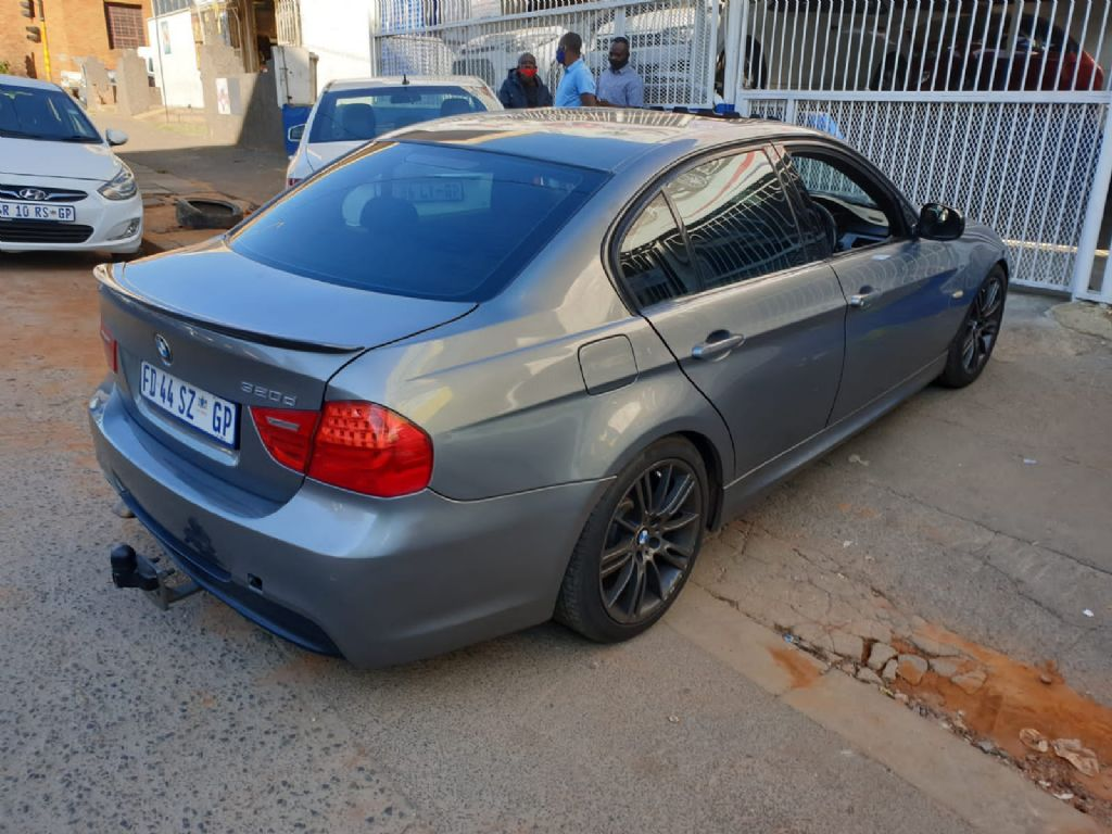 used-bmw-3-series-2898552-7.jpg