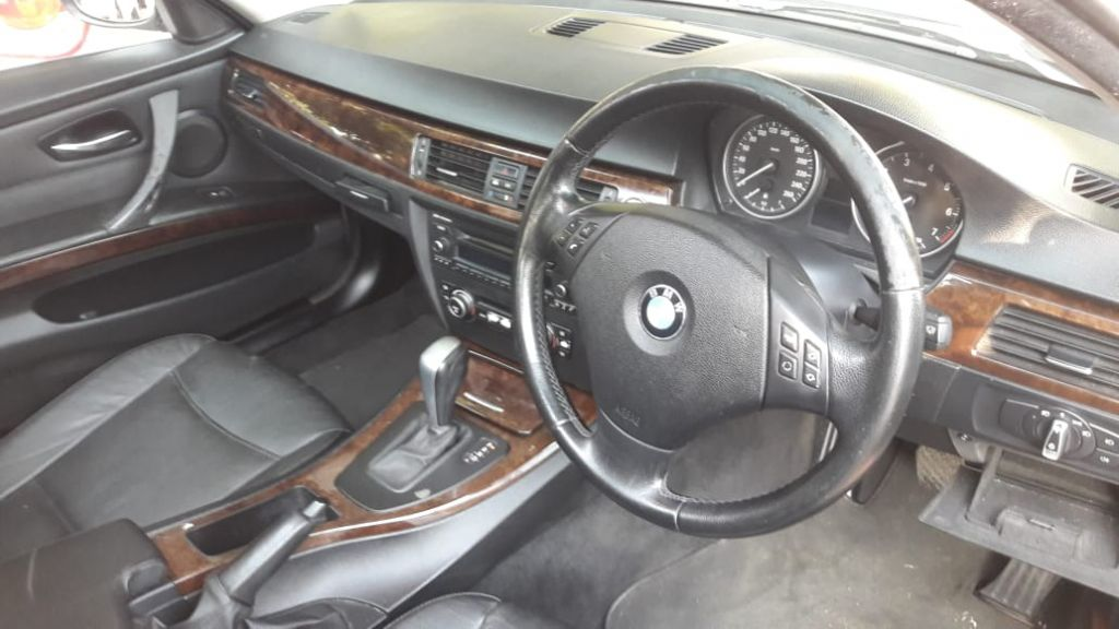 used-bmw-3-series-2973968-2.jpg
