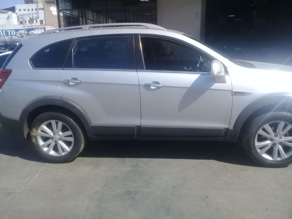 used-chevrolet-captiva-3023672-1.jpg