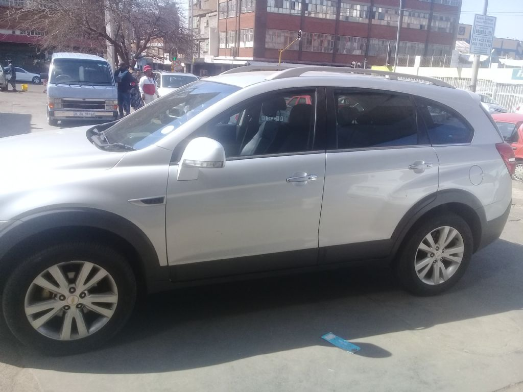 used-chevrolet-captiva-3023672-4.jpg