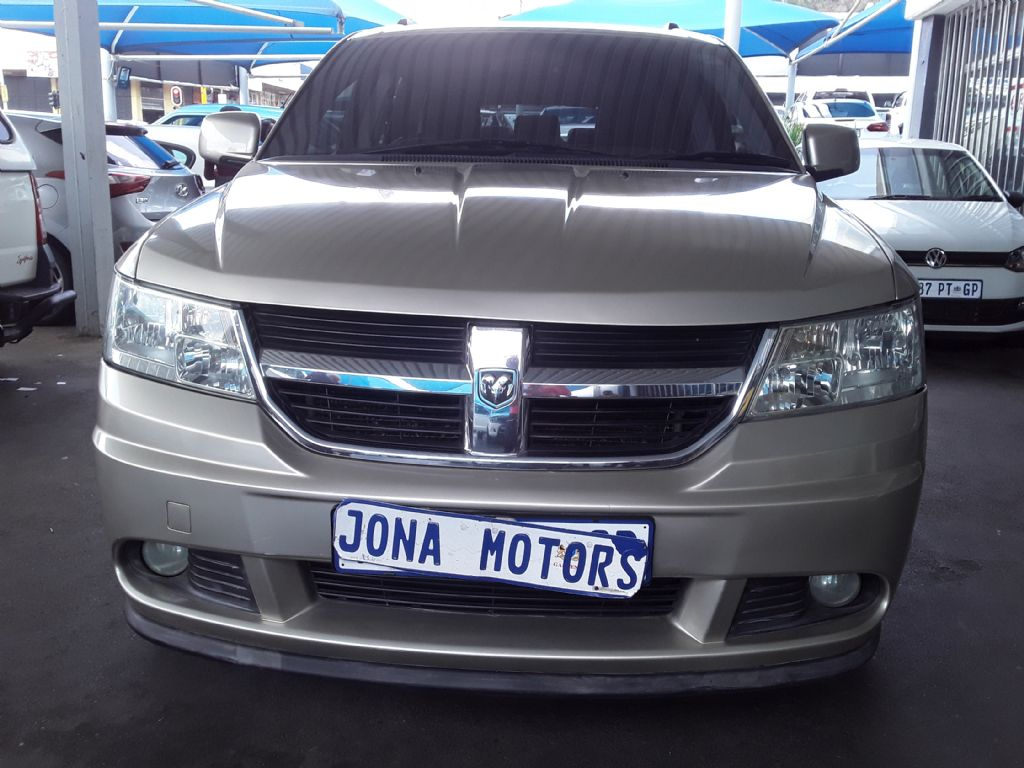 used-dodge-journey-3130931-1.jpg