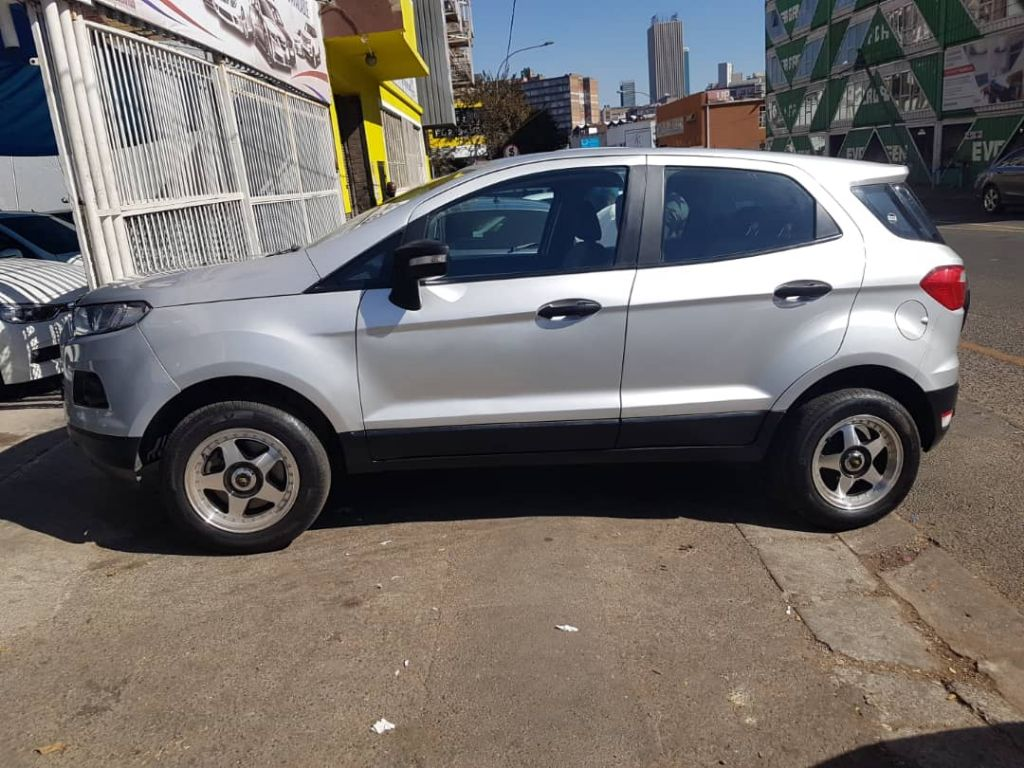 used-ford-ecosport-2496740-1.jpg
