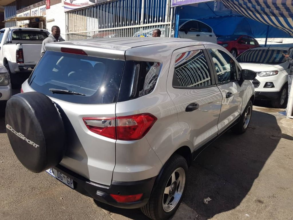 used-ford-ecosport-2496740-2.jpg