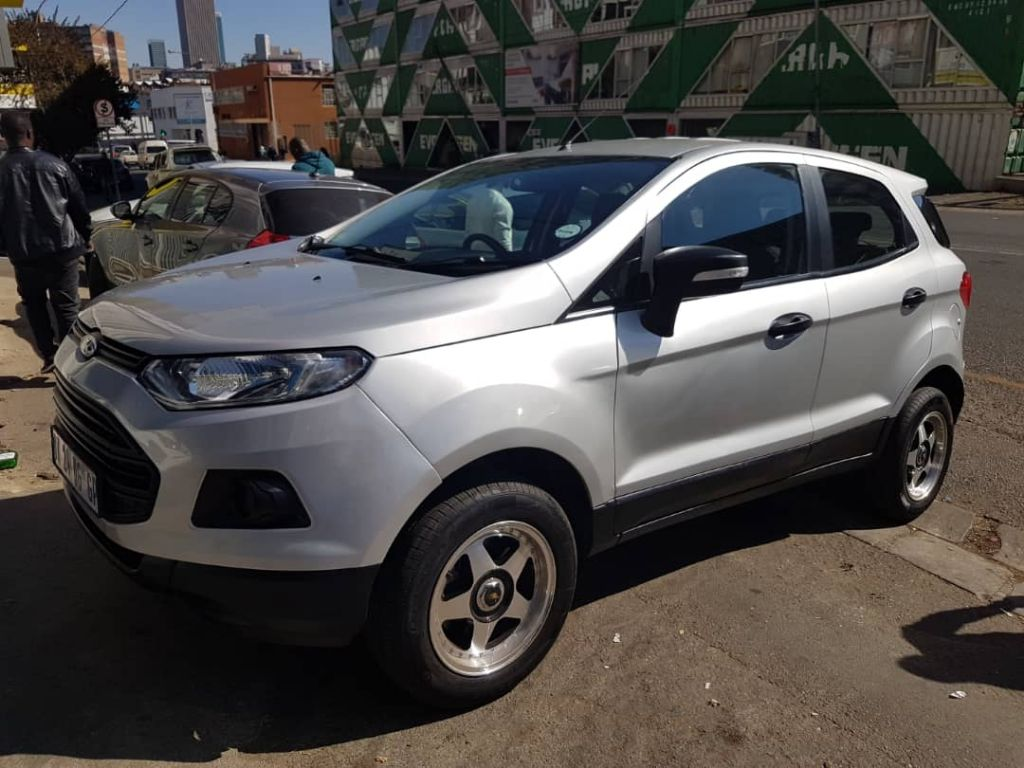 used-ford-ecosport-2496740-6.jpg