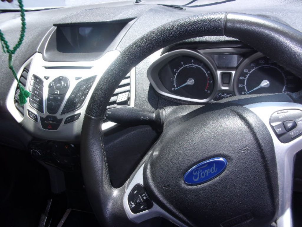 used-ford-ecosport-2762031-5.jpg