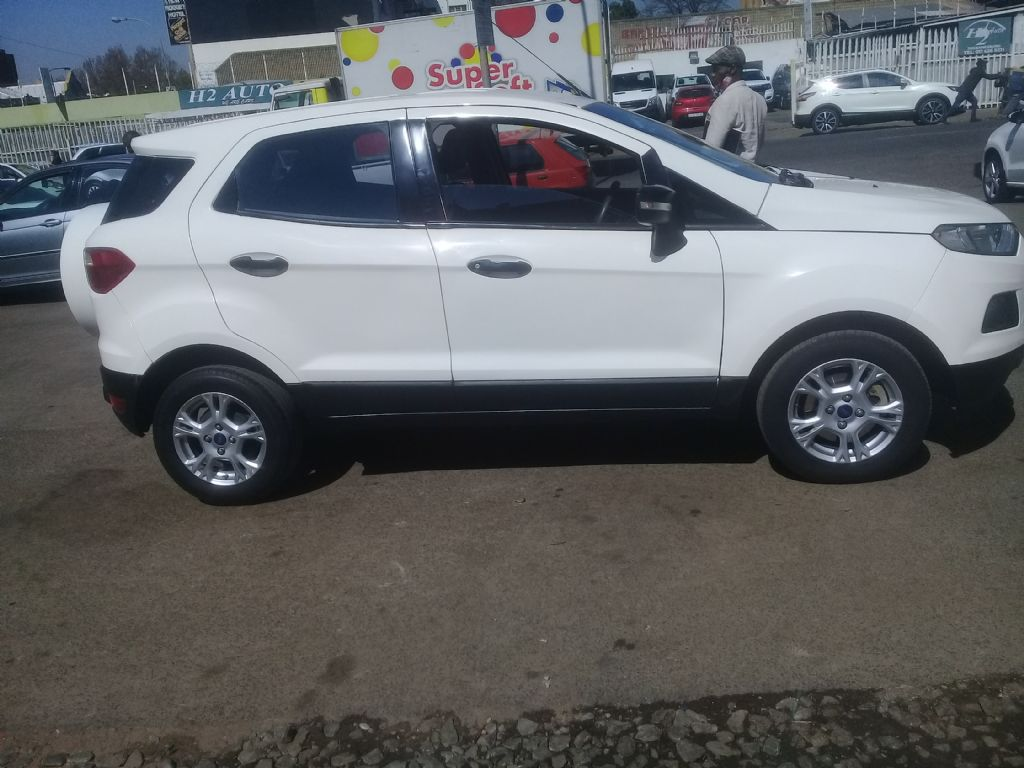 used-ford-ecosport-3025799-2.jpg