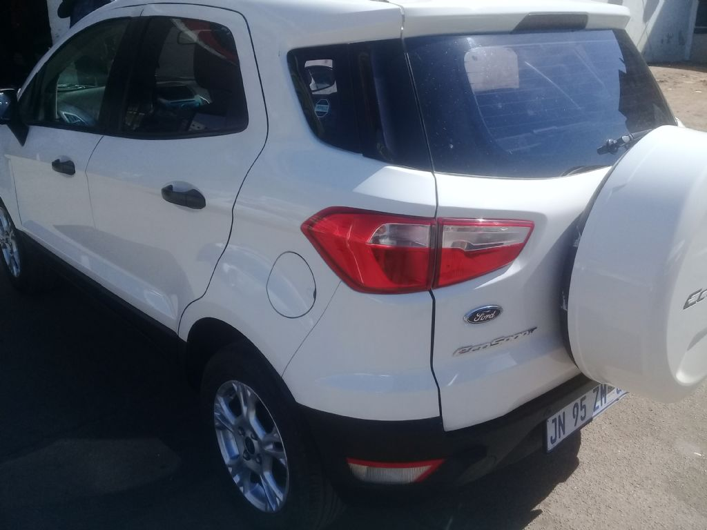 used-ford-ecosport-3025799-4.jpg