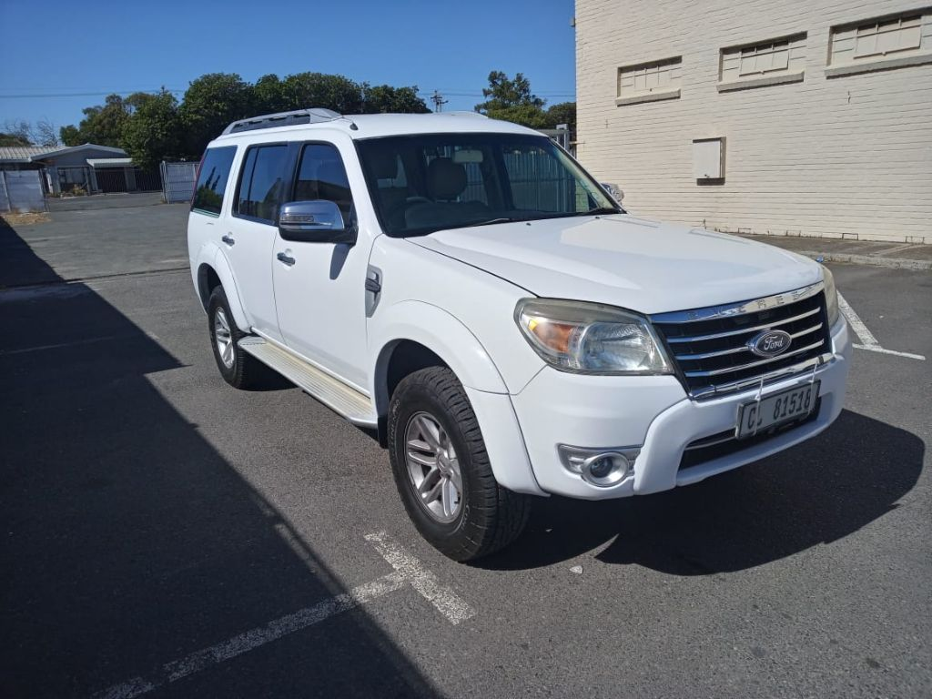 used-ford-everest-3250378-1.jpg