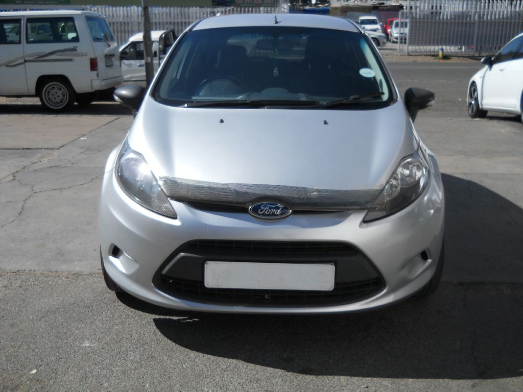 used-ford-fiesta-2476096-1.jpg