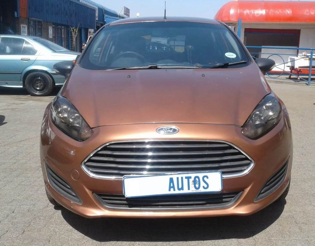 used-ford-fiesta-2626410-3.jpg