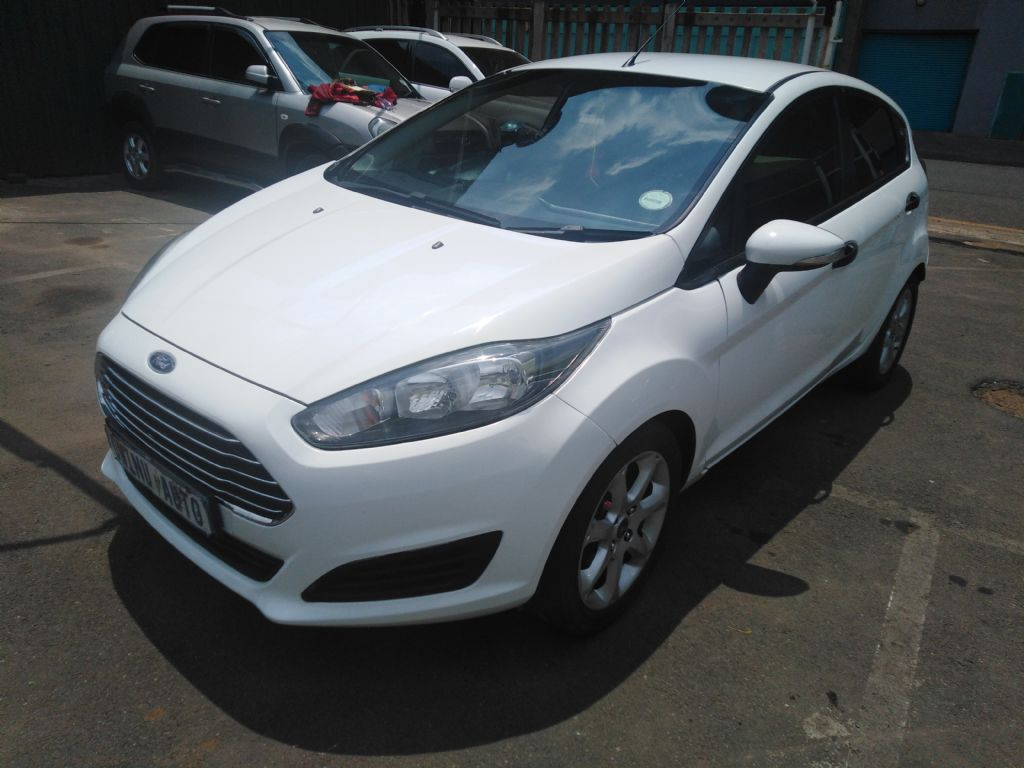 used-ford-fiesta-2840999-1.jpg