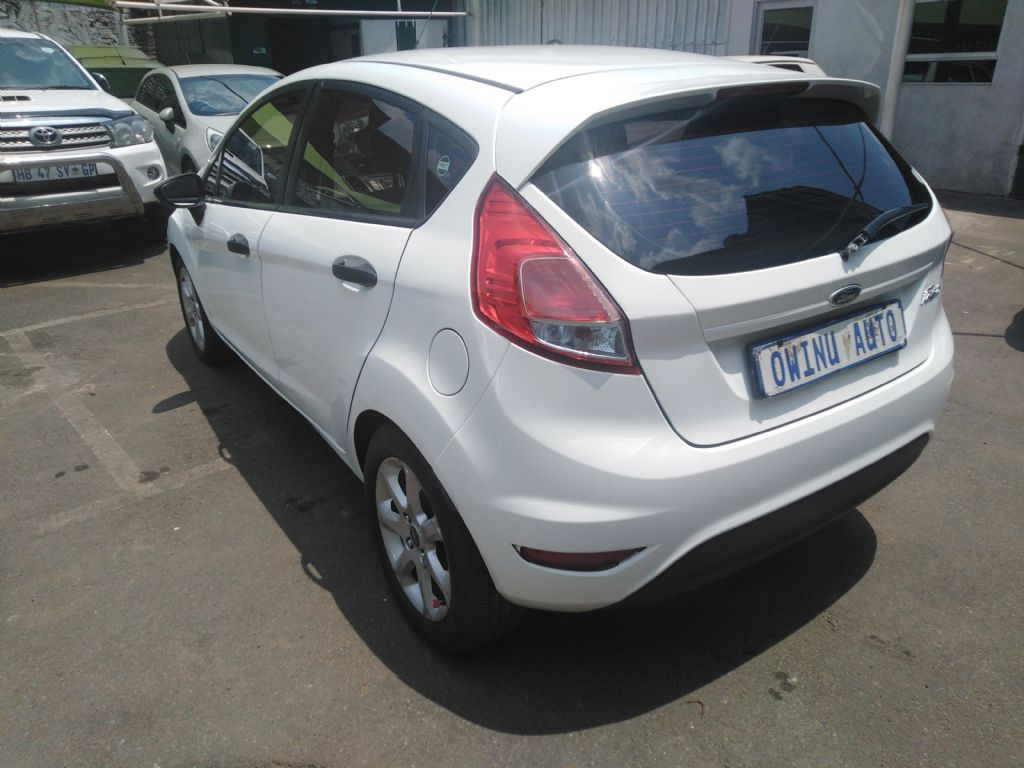 used-ford-fiesta-2840999-4.jpg
