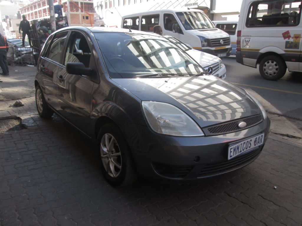 used-ford-fiesta-2847986-2.jpg