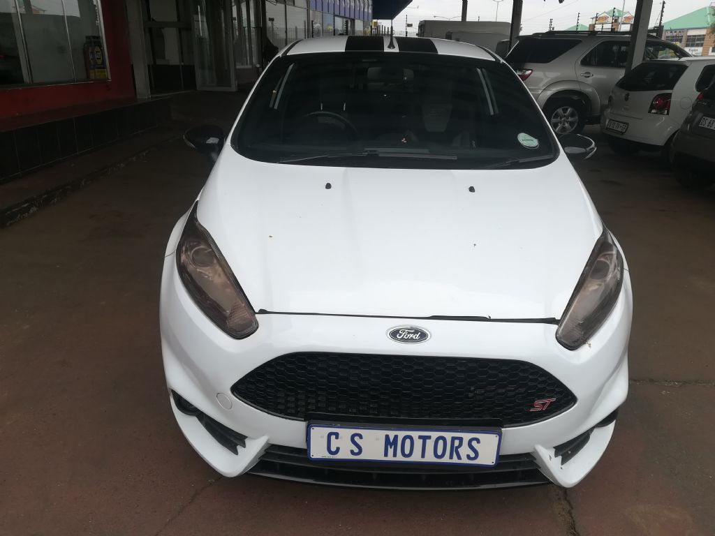 Used Ford Fiesta St 1 6 Ecoboost Gdti For Sale Id 2936597 Surf4cars
