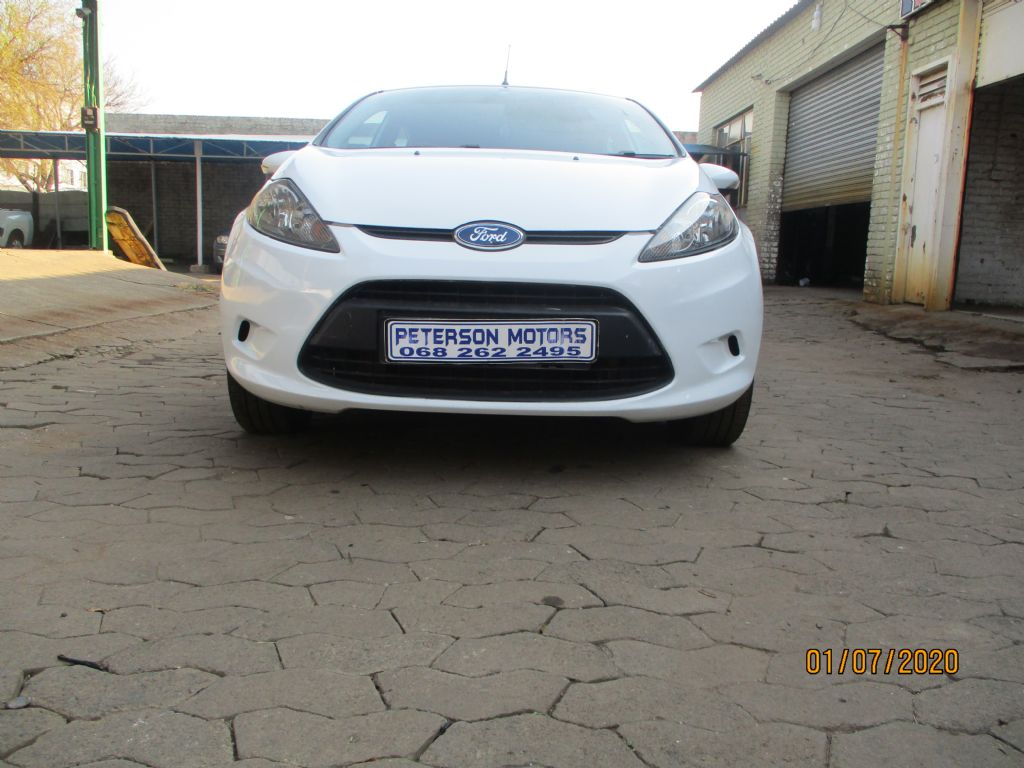used-ford-fiesta-2965102-2.jpg