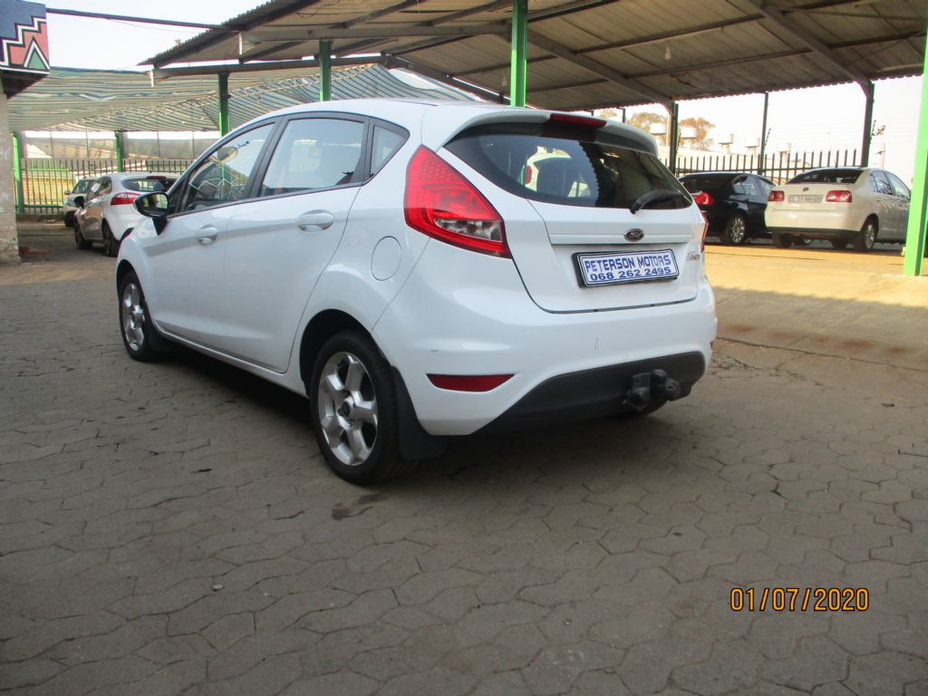 used-ford-fiesta-2965102-9.jpg
