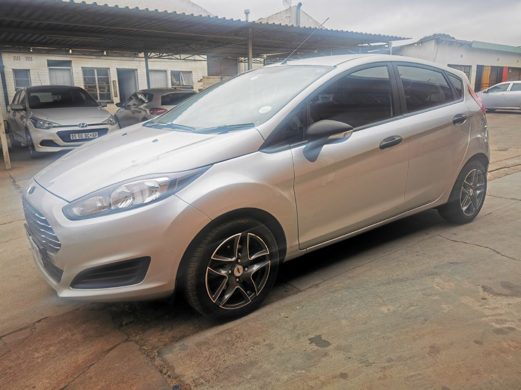 used-ford-fiesta-3009919-2.jpg