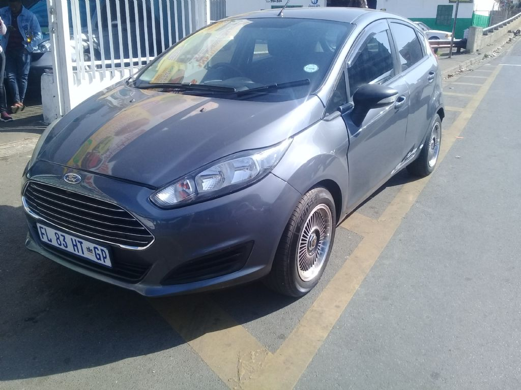 used-ford-fiesta-3050222-2.jpg