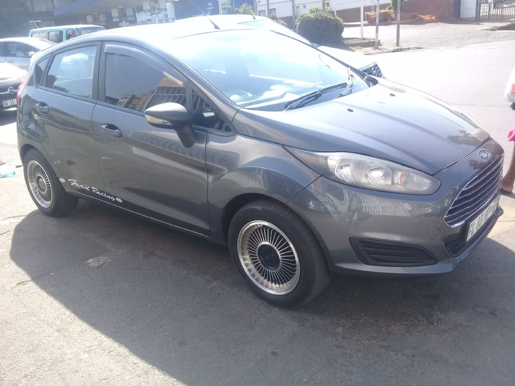 used-ford-fiesta-3050222-3.jpg