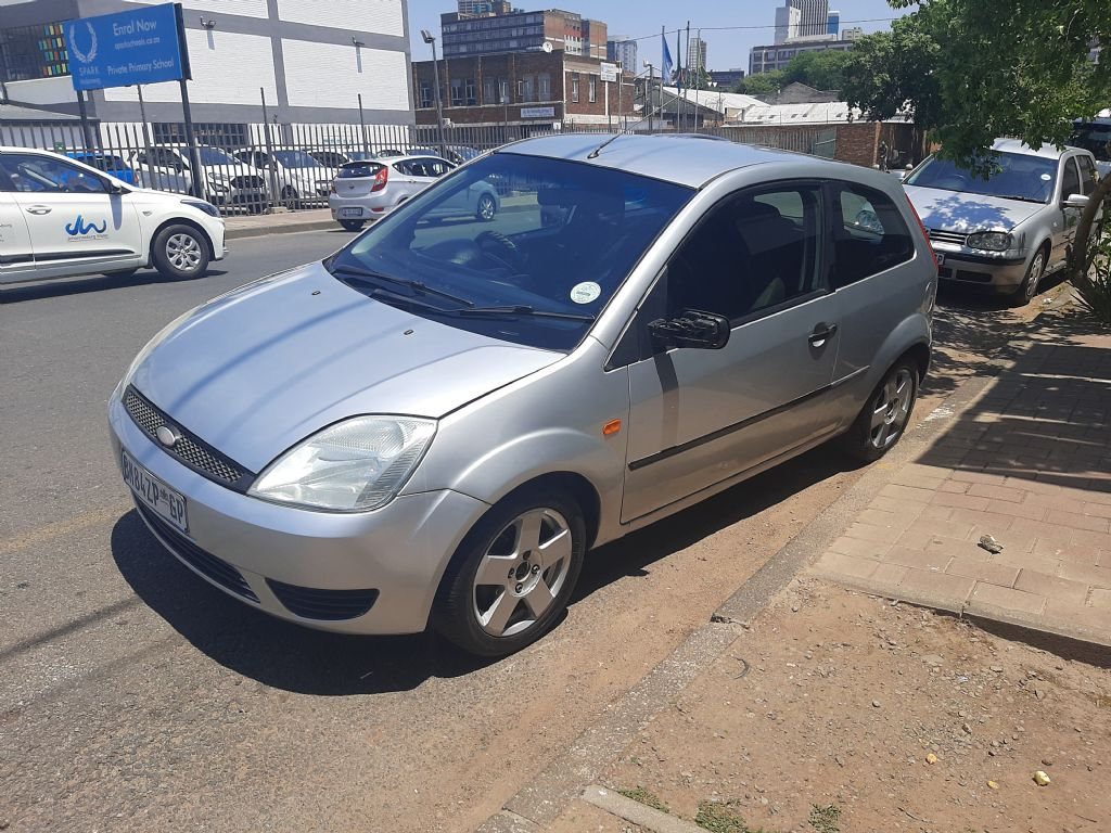 used-ford-fiesta-3098995-3.jpg