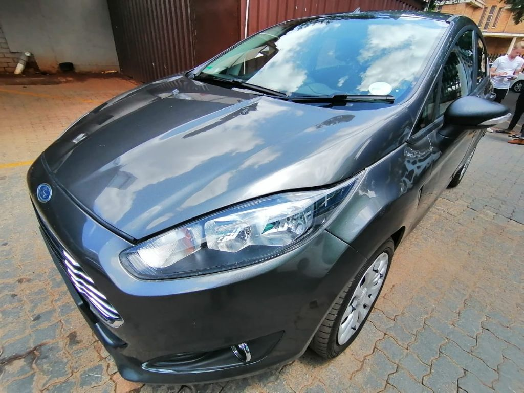 used-ford-fiesta-3126704-1.jpg
