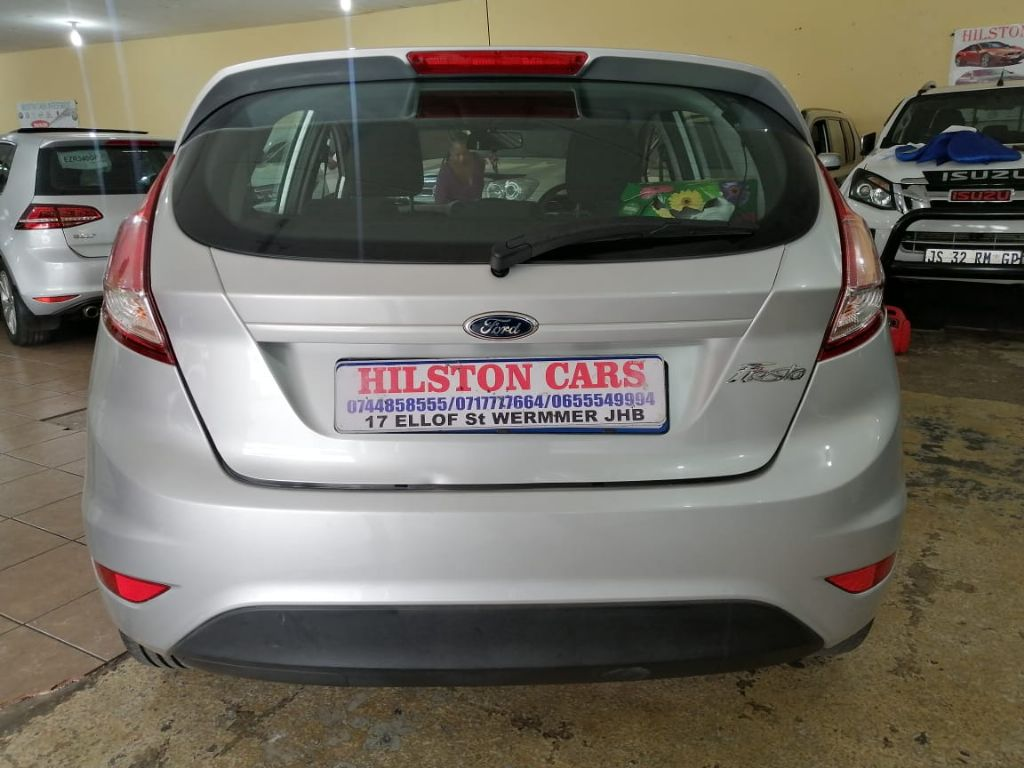 used-ford-fiesta-3176835-6.jpg