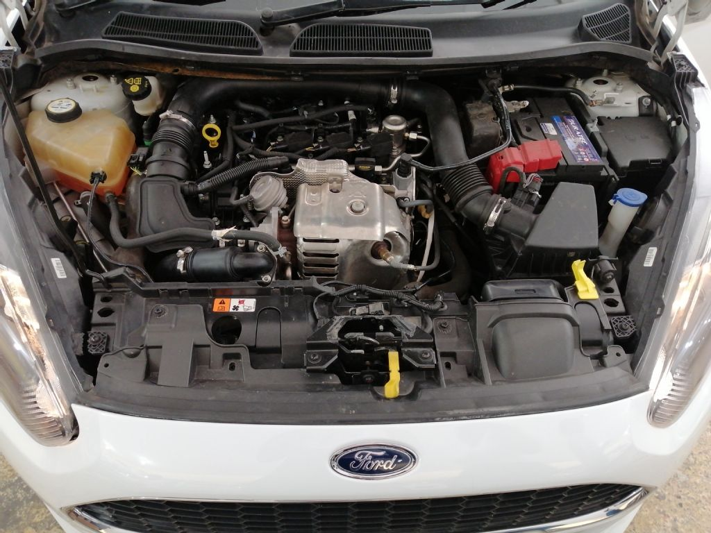 used-ford-fiesta-3203357-6.jpg