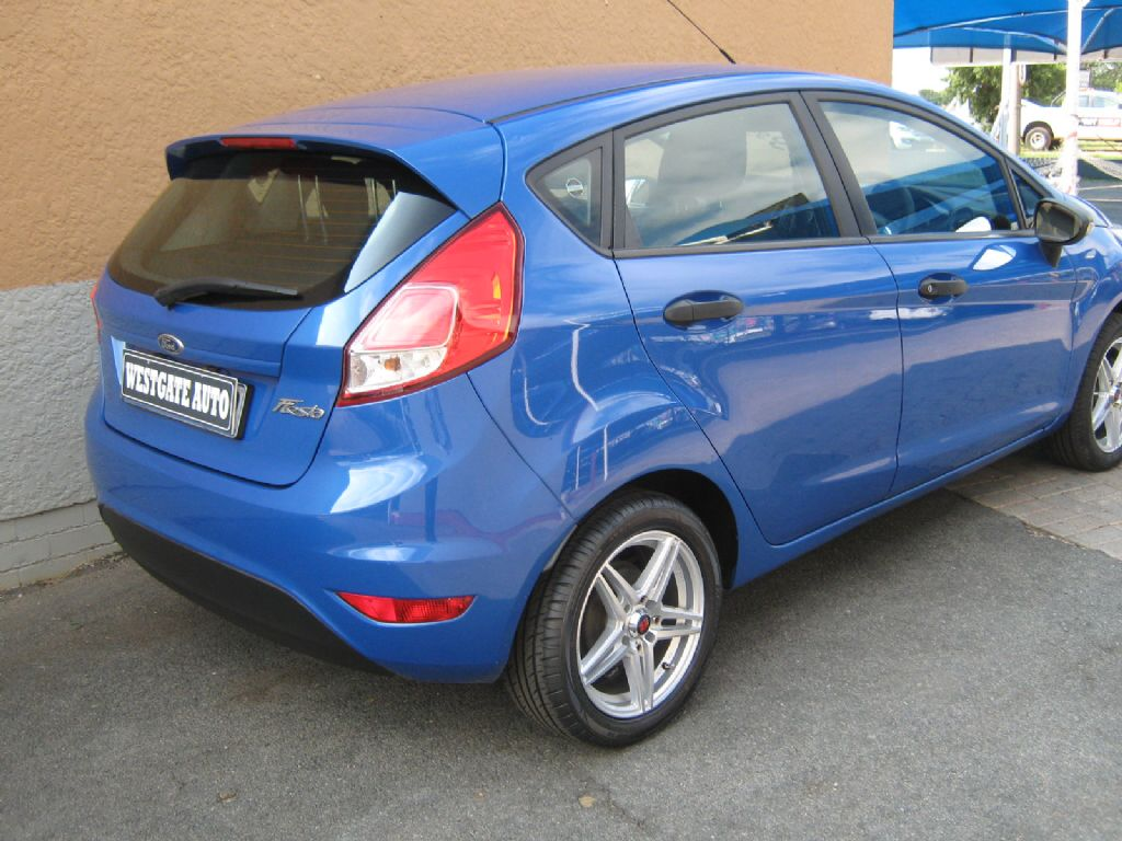 used-ford-fiesta-3204154-5.jpg