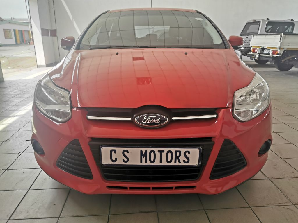 used-ford-focus-2765856-2.jpg
