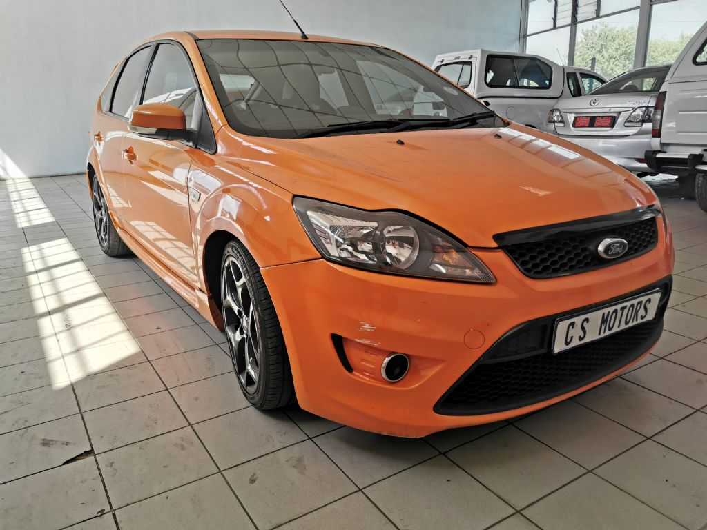 used-ford-focus-2767954-1.jpg